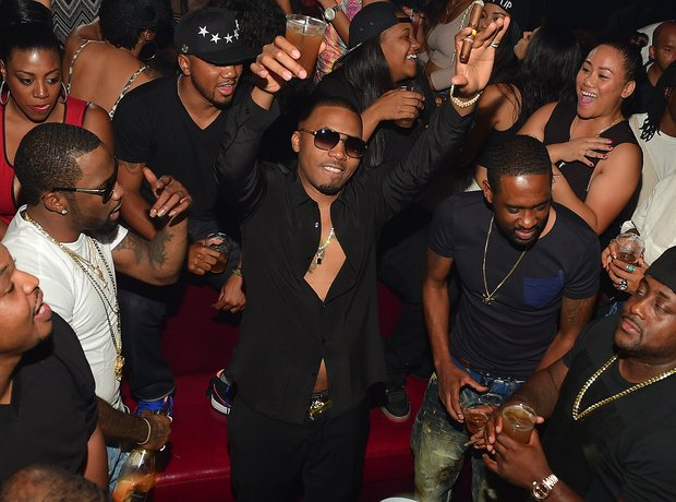 Nas celebrates his birthday