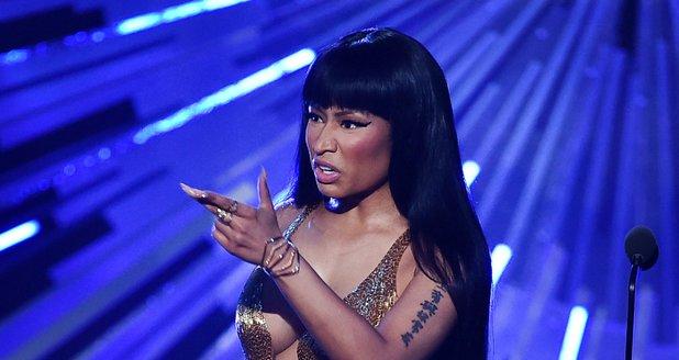 Nicki Minaj MTV VMA's 2015