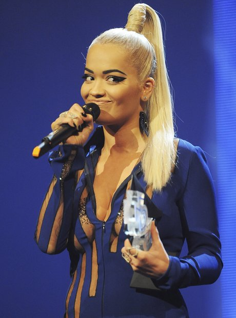 Rita Ora MOBO Awards 2015