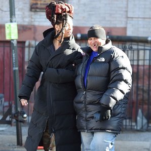 Rihanna befriends homeless lady on set of Ocean's